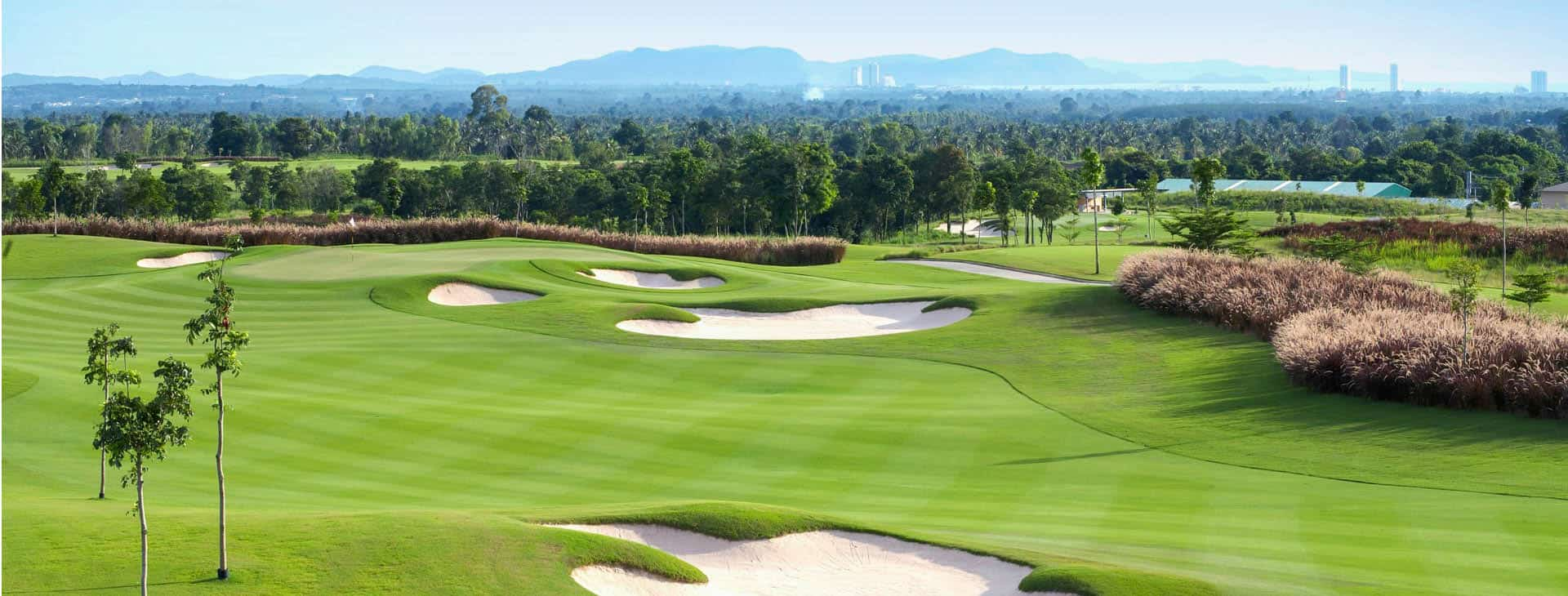 about-us-golf-slider5